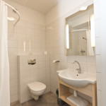 Łazienka z prysznicem, 5a Hotel Services Koszalin